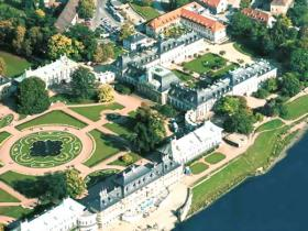 [Translate to tschechisch:] Schloss Hotel Dresden-Pillnitz